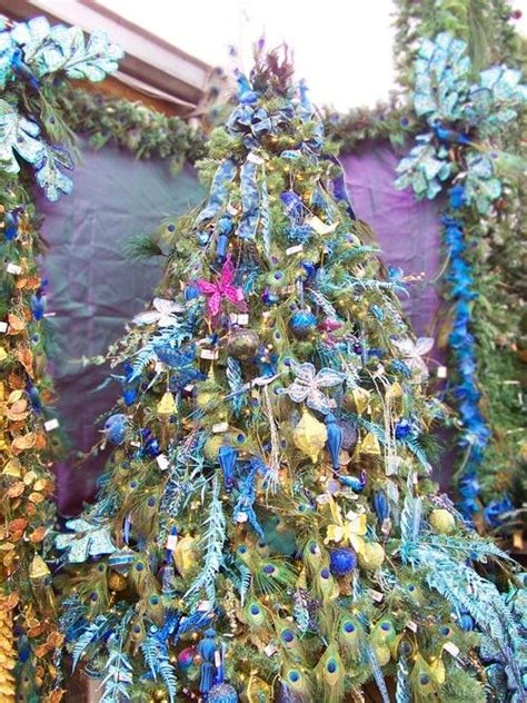 peacock tree love christmas tree themes pinterest