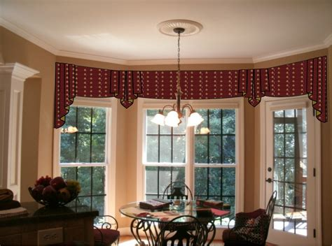 Ideas For Hton Bay Blinds Design Window Treatments For A Bow Window Window Treatments Bay Window Curtains
