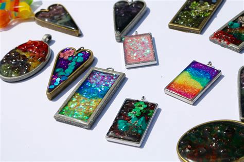 where to buy resin for jewelry a step by step guide to resin jewelry in the classroom