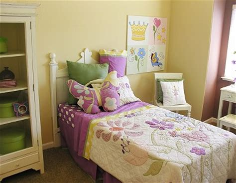 girls bedroom yellow yellow teenage bedroom ideas