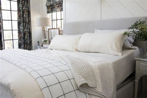 pictures of the hgtv smart home 2018 master bedroom hgtv