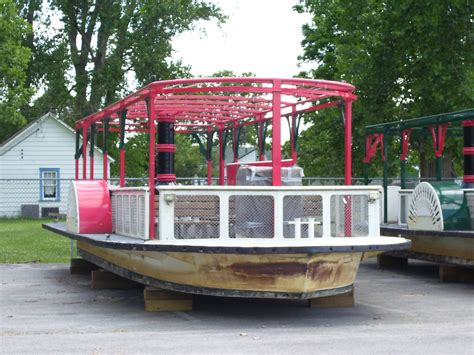 paddle wheel boat for sale seark paddlewheel boat 1997 for sale for 35 000 boats