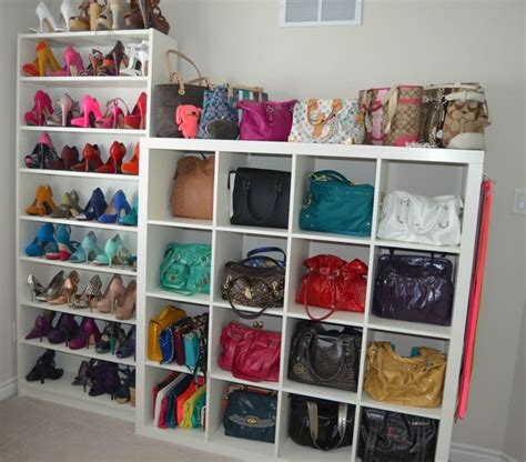 Best Way To Store Purses In Closet by 25 Best Ideas About Handbag Storage On Purse
