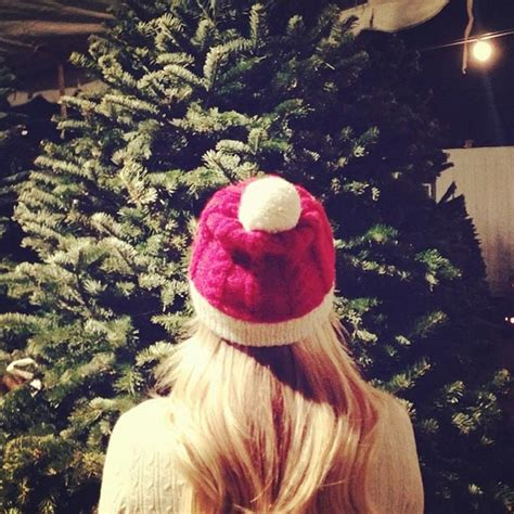 celebrities prepare for christmas on instagram photo 1