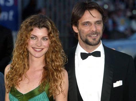 vittoria puccini and her husband gossip vittoria puccini si complimenta con preziosi il