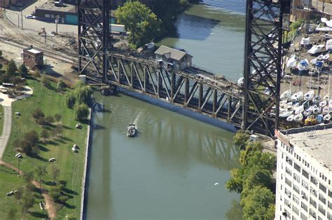 boat slips for rent chicago il amtrak bridge in chicago il united states bridge