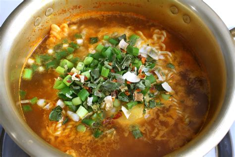 Ramen Korea ramyeon recipe maangchi
