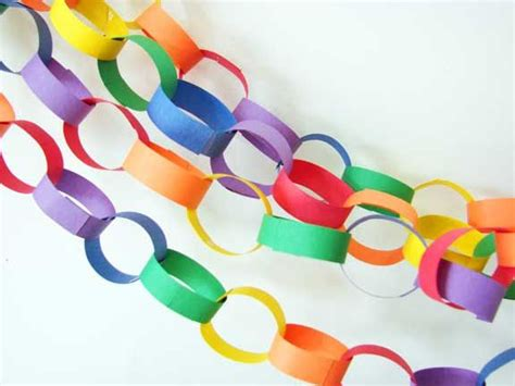 Make Paper Chains - construction paper chains my memories