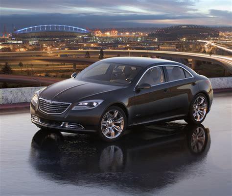 chrysler llc stock chrysler shows upcoming 200 sedan and us market fiat 500