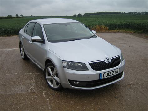 skoda octavia elegance 1 6 tdi cr 105ps dpf road test