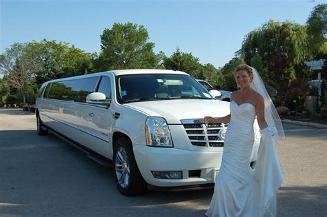Limo Rental Chicago by Chicago Bar Mitzvah Limo Rental Service
