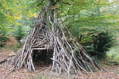 How To Make A Den In Your Living Room by Letchworth Forest School Is A Success