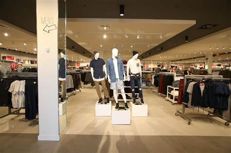 Retail Trends Forever 21 by Forever 21 Opens Three New F21 Stores News Retail