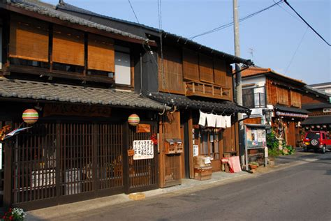 japanese town small town japan inuyama photo brian mcmorrow photos
