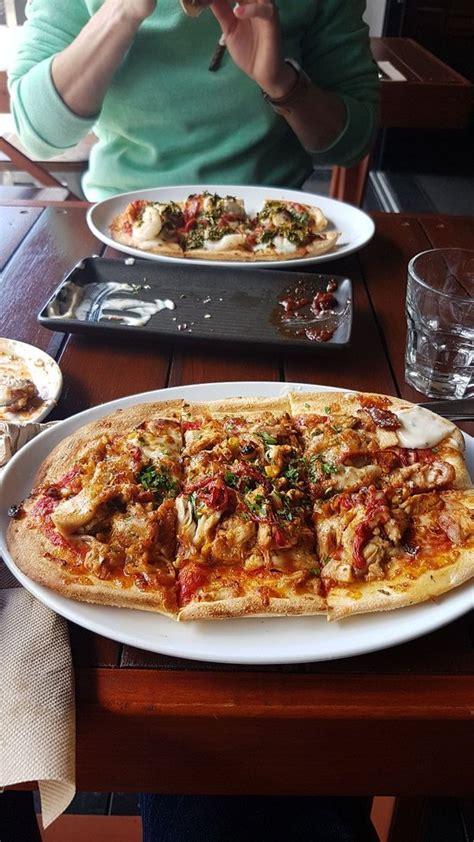 Bar Grillé Au Four by Four Pizza Bar Grill Terrigal Restaurant