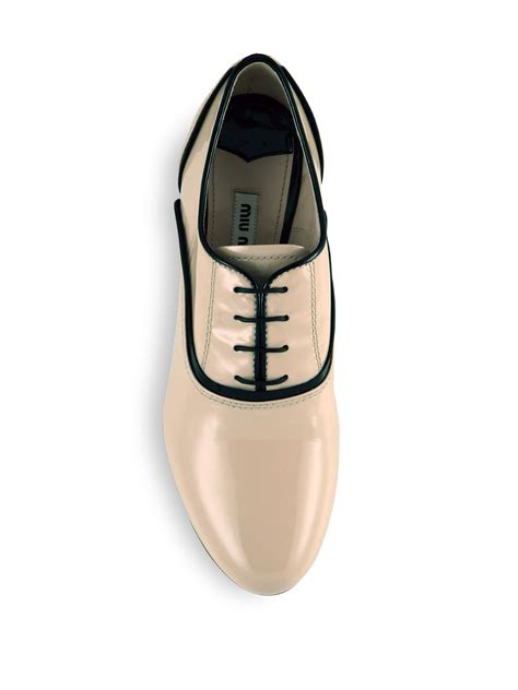 Miu Miu Mixup by Lyst Miu Miu Two Toned Patent Leather Oxford Shoes In Pink