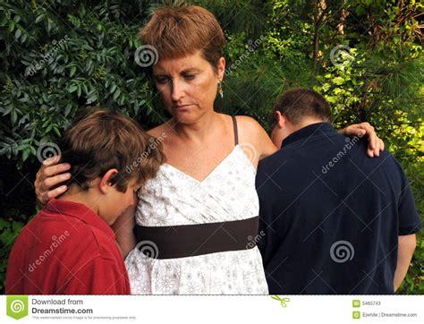 imagenes de triste familia fam 237 lia triste