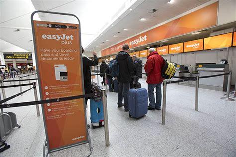 bagaglio cabina easyjet bagaglio a mano easyjet peso massimo misure liquidi