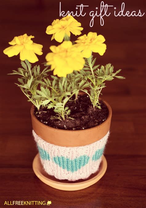 Knitted Wedding Gift Ideas by How To Knit Gifts 62 Knit Gift Ideas For Every