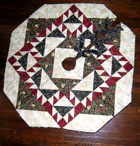 Patchwork Tree Skirt - 1000 images about tree skirts on