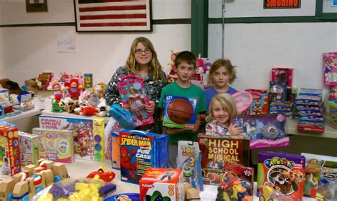 download christmas gift programs for needy families