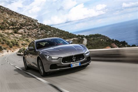 Ghibli Maserati Review by Maserati Ghibli Diesel 2016 Review Auto Express