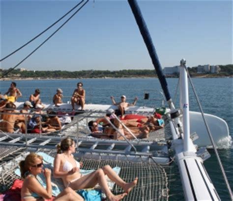 excursion en catamaran cambrils excursi 243 n en catamar 225 n salou costa daurada despedidas