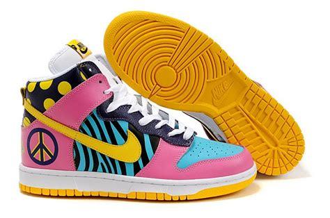 nike colorful sneakers comic nike dunks comic nikes comicdunks