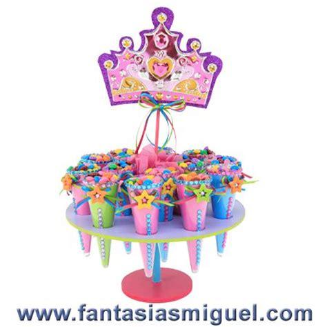despachador de dulces con pecera rrdonds fantasia and corona on pinterest