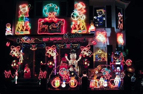 take a neighborhood holiday lights tour by bike boston