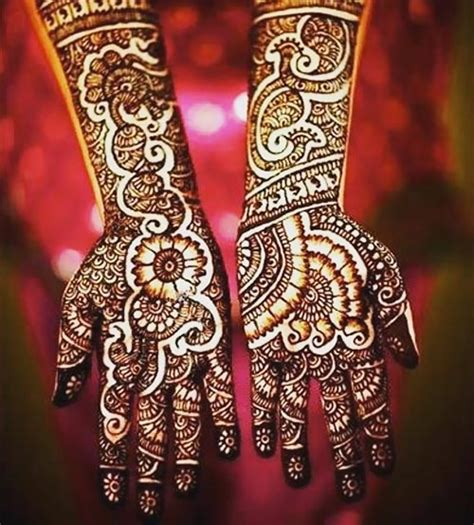 How To Design A Simple Indian Engagement Mehndi 12 Steps | 21 indian bridal mehndi designs and tips to rock your
