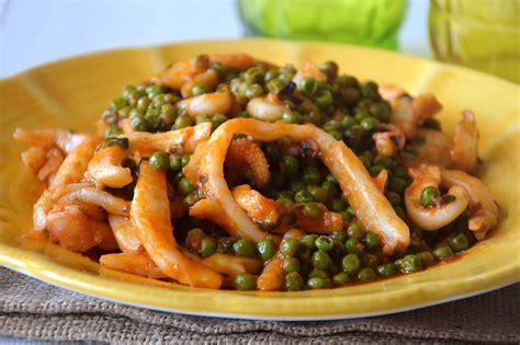 cucinare le seppie in umido 187 seppie con piselli ricetta seppie con piselli di misya