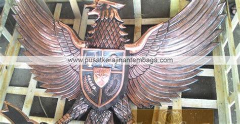 Patung Garuda Pancasila Ukuran 110cm Tembaga lambang garuda tembaga archives pusat kerajinan tembaga