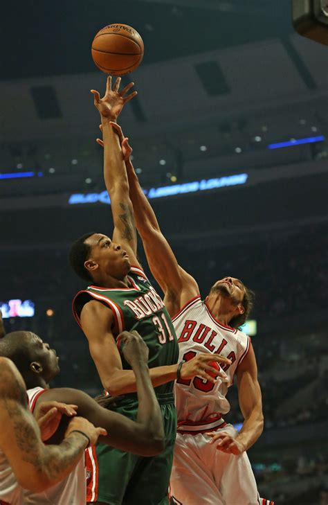 Milwaukee Bucks Giveaways - john henson in milwaukee bucks v chicago bulls zimbio