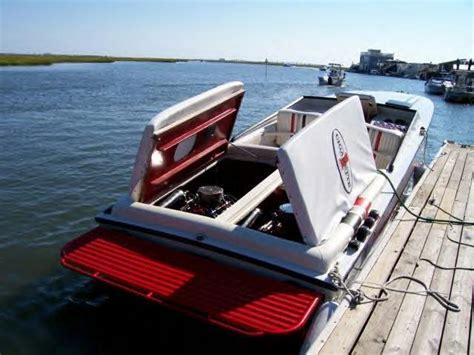 cigarette boat vs mistress vs cafe racer offshoreonly