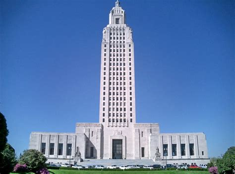 louisiana state capitol 450 ft 137 m 34 floors