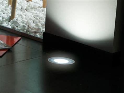 lombardo illuminazione segnapasso a led a pavimento stile next zero 120t lombardo