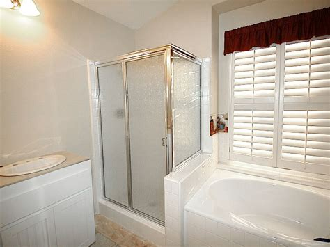 Replacing Frame Shower Doors Useful Reviews Of Shower Shower Door Frame Replacement