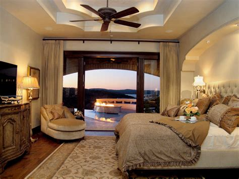 Inspiring Tips For Mediterranean Bedroom Design Mediterranean Bedroom Design