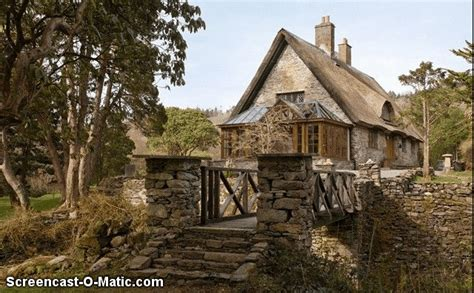 11 Real Life Disney Princess Homes You Can Rent Rental Cottages In Ireland