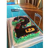 1000  Ideas About Race Track Cake On Pinterest Racing