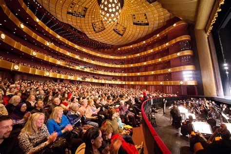 shen yun at lincoln center shen yun completes successful 2016 world tour