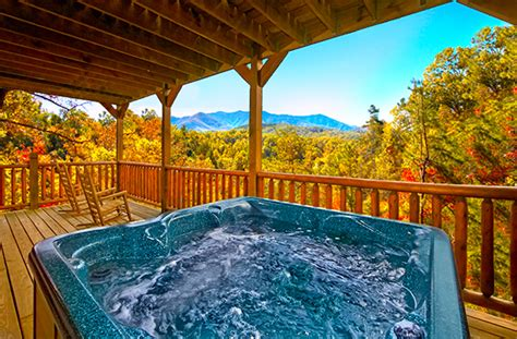 Where To Stay In Gatlinburg Tn Cabins Where To Stay In Gatlinburg Expert Cabin Booking Tips