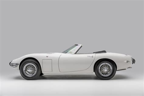 Toyota 2000gt Bond by The Toyota 2000gt Roadster From Bond S You Only Live