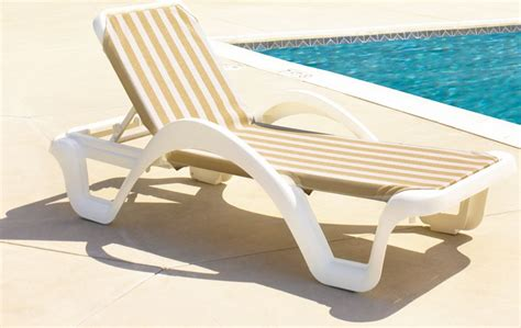 Poolside Lounge Chairs Chaise : Poolside Lounge Chairs