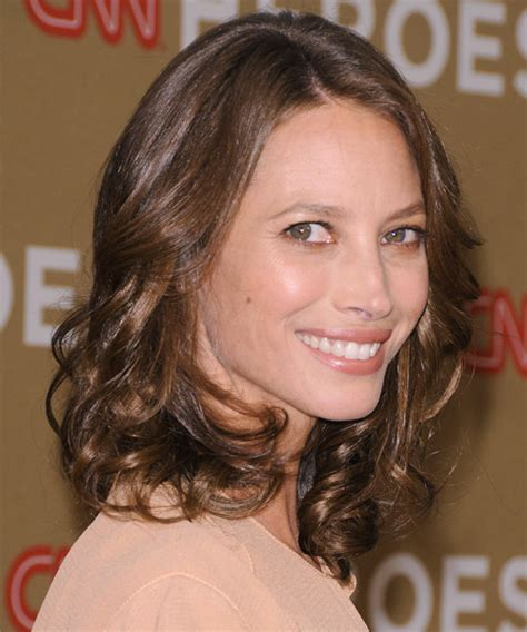 kristy turligton short hair christy turlington hairstyles in 2018