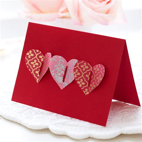 Handmade Valentines - how to make a handmade s card pop up