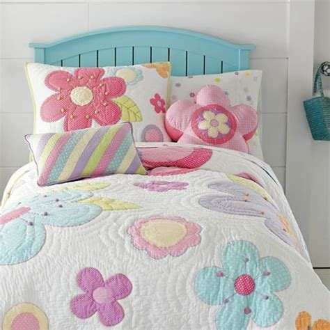 jcpenney bedding quilts daisy quilt accessories jcpenney quilts and bedding pinterest shops home