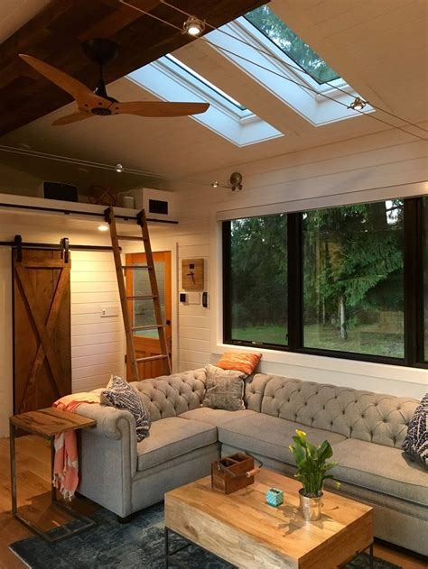 beautiful small homes interiors 1000 ideas about tiny houses on pinterest tiny homes
