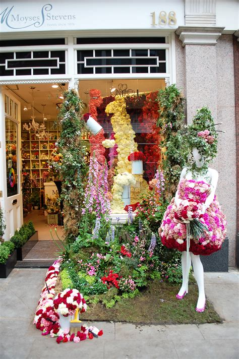 flower design school uk catch up post from chelsea in bloom design week and the